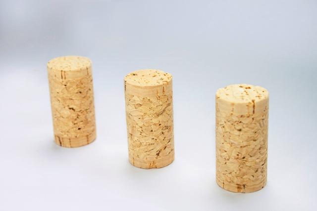 1+1 corks